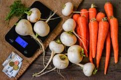 Achats, légumes sur le marché Photographie stock libre de droits