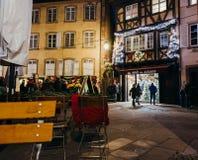 Achats traditionnels d'en Alsace de noel de l'ONU à Strasbourg avec la coutume Images stock