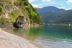 Achen See (Achensee) und der Wanderweg Stockfoto