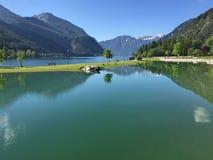 Achensee, nördlicher Teil von Achen See mit klarem blauem Himmel und Franc Lizenzfreie Stockfotos