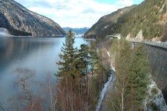 Achensee See in den Alpen in Österreich Stockbilder