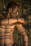 Achiote-Art indischen Stammes Mann Los Tsachila, Ecuador Stockfotografie