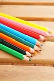Acht bunte Bleistifte Stockfoto