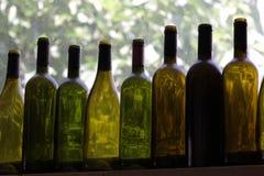 Acht Flaschen Stockbild