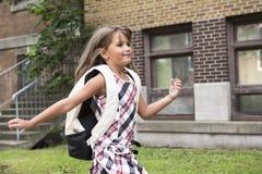 Acht Jahre alte Schulmädchen Stockbilder