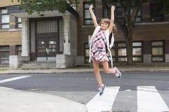 Acht Jahre alte Schulmädchen Stockfotos