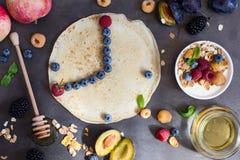 Acht O-` Uhr morgens, gesundes Frühstück Stockbilder