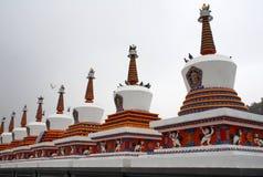 Acht Verdienste Stupas Stockfotografie