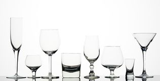 Acht verschiedene Gläser Stockbild