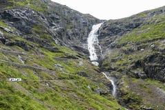 Achtbaanweg Trollstigen in Noorwegen Stock Afbeelding