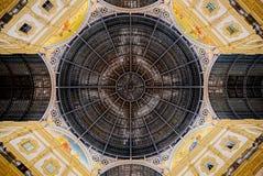Achteckige Haube von Galleria Vittorio Emanuele II in Mailand Stockbilder