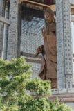Achteckiger Pavillon über dem 99 Fuß 30 Meter hohe Bronze-Guanyin-Statue bei Kek Lok Si Temple bei George Town Panang, Malaysia Lizenzfreie Stockfotos