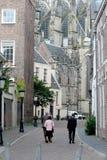 achter De Dom in der Mitte der Stadt Lizenzfreie Stockfotos