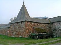 Achter de Solovetsky-kloostermuur Stock Foto's