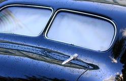Achter mening van klassieke auto Stock Foto's