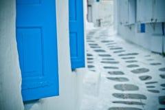 Achter straat, Mykonos, Griekenland. Stock Fotografie