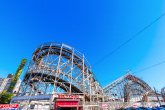 Achterbahn bei Luna Park in Coney Island, NYC Stockfotos