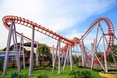 Achterbahn bei Siam Park City oder bei SuanSiam, Bangkok, Thailand Stockfotografie