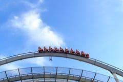 Achterbahn in Universal Studios, Osaka Japan Lizenzfreie Stockbilder