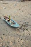 Achtergrond de bij hoogtijd van de vissersbotenzonsondergang, Phuket, Stock Afbeelding