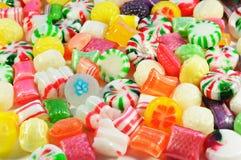 Achtergrond die van kleurrijk suikergoed wordt gemaakt Stock Fotografie