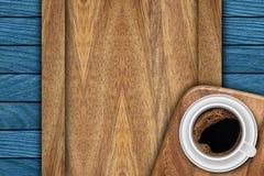 Achtergrond die van planken en koffie wordt gemaakt Royalty-vrije Stock Afbeelding
