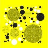 Achtergrond met cirkels, punten en punten van verschillende schaal Abstract Geometrisch patroon Zwart-wit op geel Royalty-vrije Stock Foto