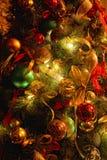 Achtergrond met de decoratie van de Kerstmisboom royalty-vrije stock foto's