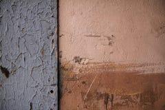 Achtergrond met de oude sjofele muur Stock Afbeelding