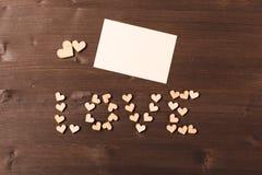 Achtergrond met houten harten stock foto