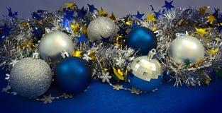 Achtergrond met Kerstmisballen Royalty-vrije Stock Foto's