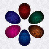 Achtergrond met kleurrijke verfraaide paaseieren Royalty-vrije Stock Afbeeldingen
