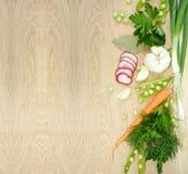 Achtergrond met verse groenten op houten textuur Stock Afbeelding