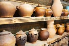 Achtergrond textuur malplaatje Producten van klei, volksambachten worden gemaakt die Vuurvaste die producten van klei worden gema royalty-vrije stock fotografie