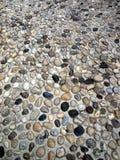 Achtergrond - tragmentstraat die met stenen in oude Mostar wordt bedekt Stock Afbeeldingen