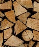 Achtergrond van brandhout voor het verwarmen seizoen Stock Foto's