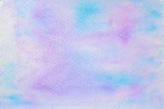 Achtergrond van de Brigt de blauwe en purpere waterverf Stock Afbeeldingen