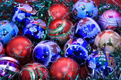 Achtergrond van de kleurrijke ballen van Kerstmis stock afbeelding