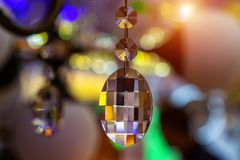 Achtergrond van de kristallen in de opslag van gloeilampen en lampen royalty-vrije stock foto's