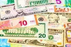 Achtergrond van document munt van euro en Amerikaanse dollar royalty-vrije stock foto's