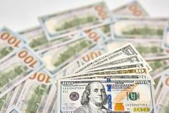 Achtergrond van 100 dollarsrekeningen Bi van geld Amerikaans honderd dollars Stock Fotografie