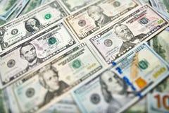 Achtergrond van 100 dollarsrekeningen Bi van geld Amerikaans honderd dollars Royalty-vrije Stock Foto's