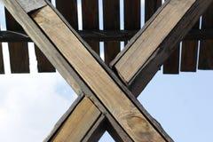 Achtergrond van gekruiste houten logboeken Royalty-vrije Stock Afbeelding