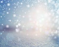 Achtergrond van het de winter de sneeuwlandschap Stock Afbeeldingen