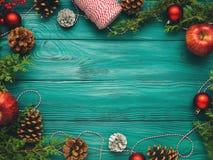 Achtergrond van het Kerstmis de donkergroene kader Royalty-vrije Stock Afbeeldingen