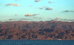 Achtergrond van het rode overzees stock foto's