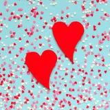 Achtergrond van kleurrijke harten met twee rode harten Stock Afbeeldingen