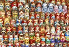 Achtergrond van kleurrijke Russische poppen Royalty-vrije Stock Afbeelding