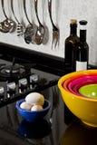 Achtergrond van moderne keuken en eieren Royalty-vrije Stock Foto