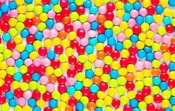 Achtergrond van multicolored zoete suikergoeddragees royalty-vrije stock fotografie